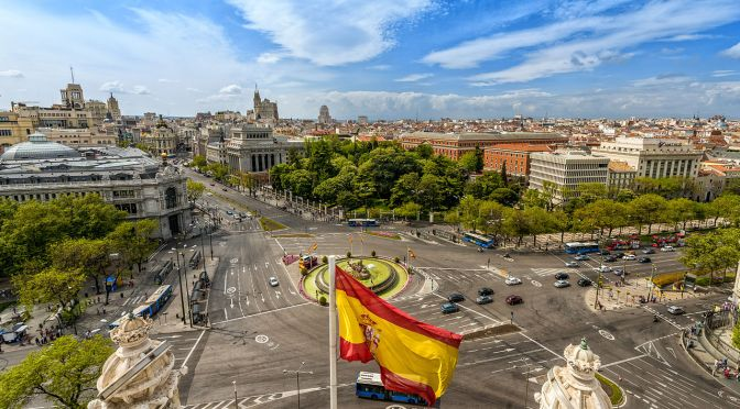 La crisis reduce un 72 % el beneficio de la gran banca en España