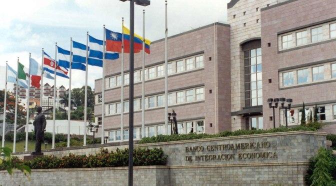 Banco Centroamericano dará préstamos de US$50 millones a RD para Mipymes